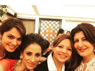 Inside pics of Salman Khan's Eid party