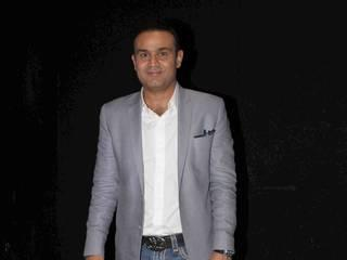 sehwag attends indian idol junior