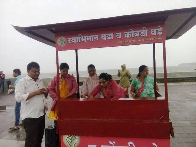 nitesh-rane-to-setup-vada-pav-stall-at-marine-drive