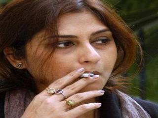 actresses smoking cigarettes