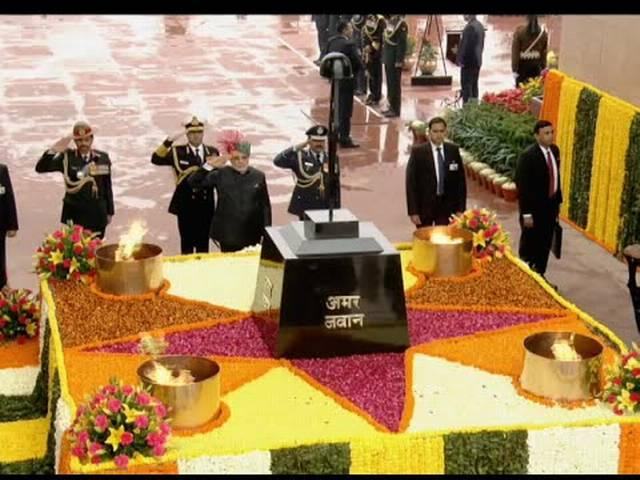 PM PAY TRIBUTE TO SHAHEEDS