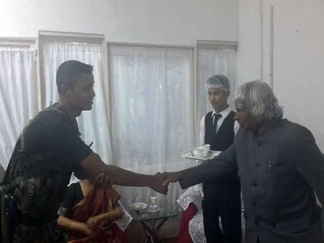 KALAM MEET A OFFICER WHO WAITED 2 AND HALF HOUR