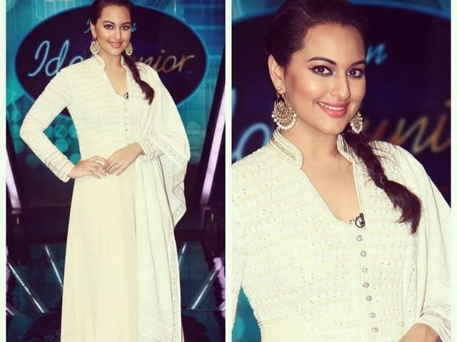 sonakshi_sinha_train_travel