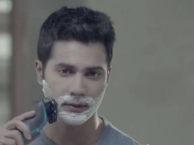 what happens when Varun's girlfriend dumps him on Facebook!