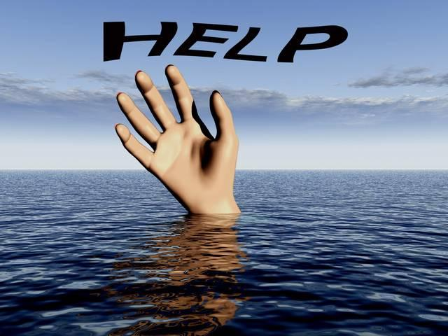 how to help if someone's drowning