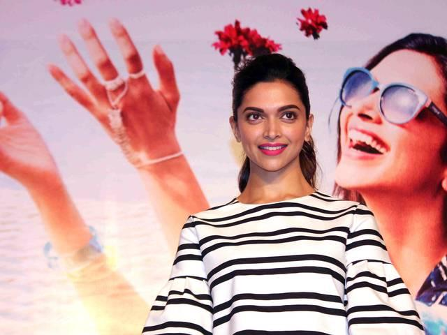 Deepika not offered film with Hrithik
