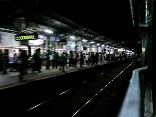 22-year-old woman molested in Mumbai local; culprit gets away