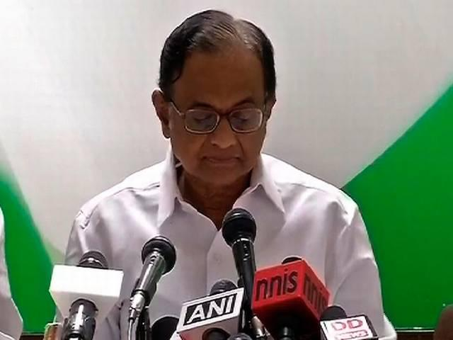 Chidambaram hits back at Swaraj