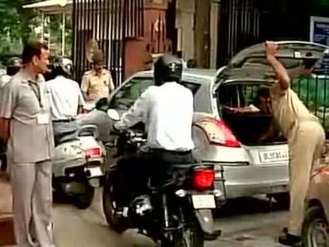 Security tightened at Supreme Court in Delhi after reports of threat mail to SC
