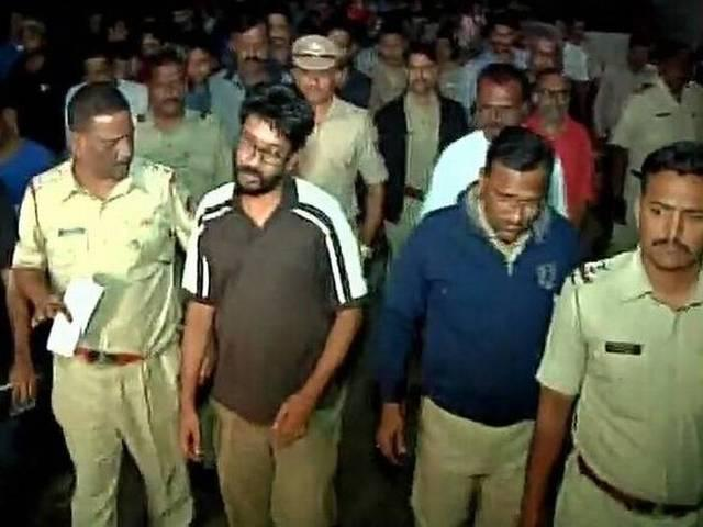 B-Town condemns arrest of FTII students