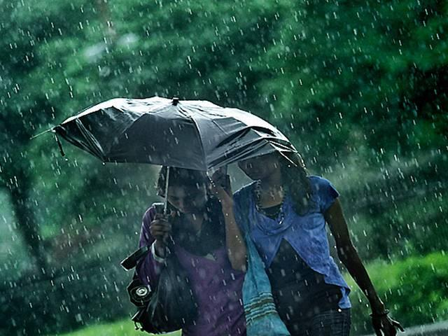 Protect yourself from skin problems this monsoon