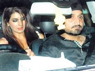 Harbhajan Singh, girlfriend Geeta Basra set to tie the knot on October 29, claims report