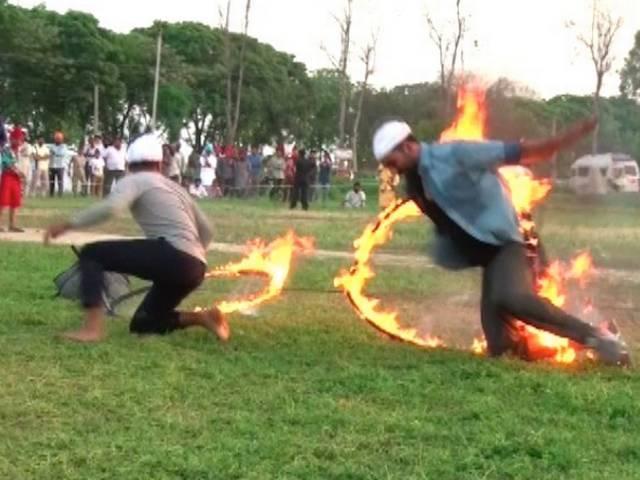 akshay kumar stuck in fire during stunt
