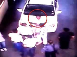 bjp politician behaves like a goon on toll plaza in mp