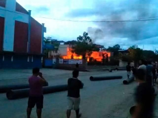 Houses of Manipur min, MP, 5 MLAs torched; indefinite curfew  clamped
