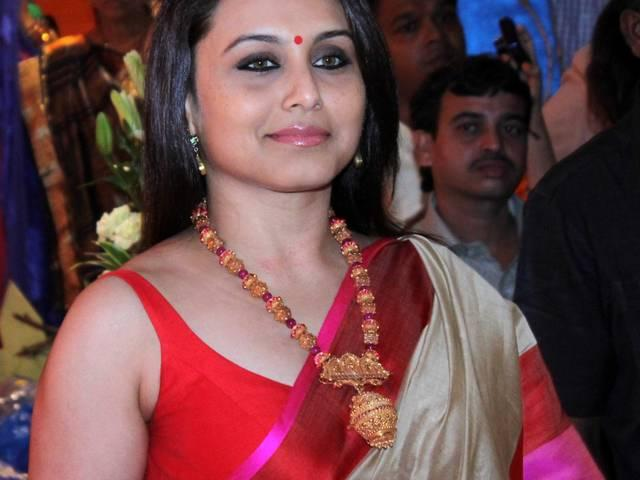 Rani Mukherji to deliver her first baby in January 2016