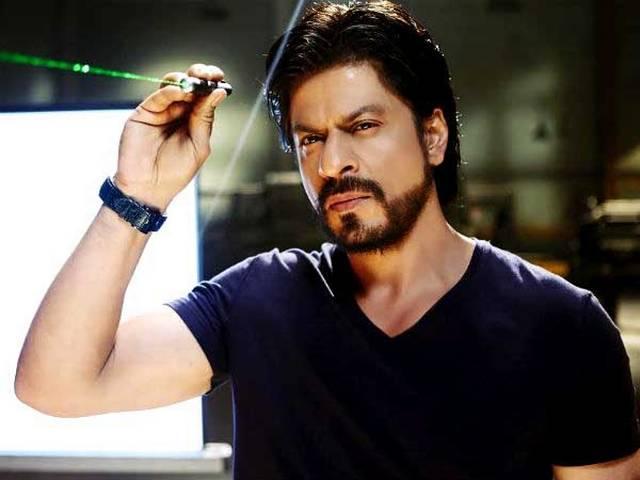 Shah Rukh Khan beats Salman Khan and Aamir Khan with 15 MILLION followers on Twitter
