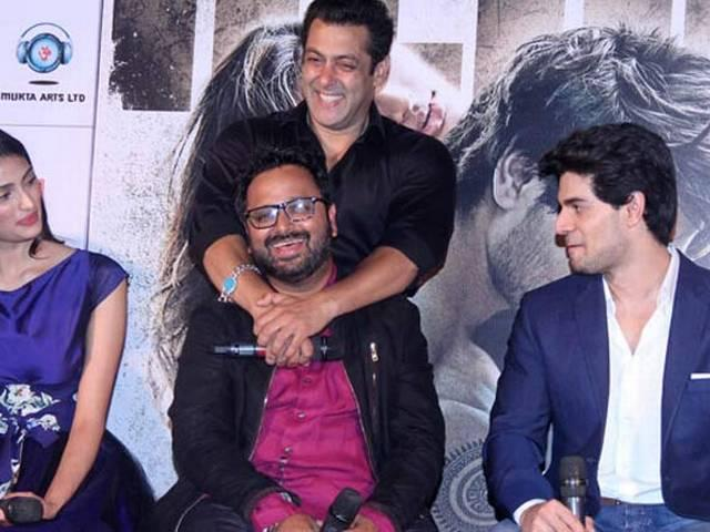 Learnt from Salman, Aamir to present things clearly: Advani