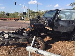Stolen_Commodore_Accident_Darwin