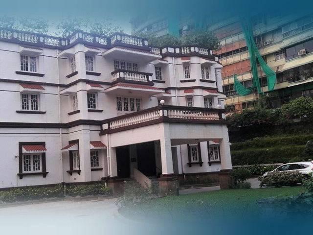 Kumar Managalam Birla buys iconic Jatia House for Rs 425 cr