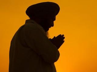 Elderly_Sikh_American_Brutally_Assaulted_US