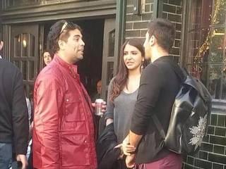 Ranbir Kapoor Chilling With Anushka Sharma In London!