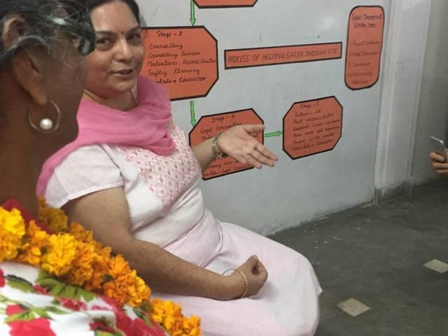 Actress Mandy Moore loses heart to Bihar rural women