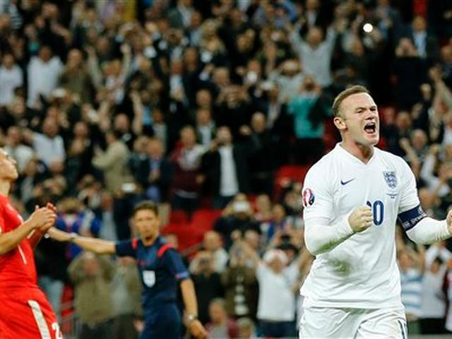 Not just Pele, Rooney too is coming to watch ISL
