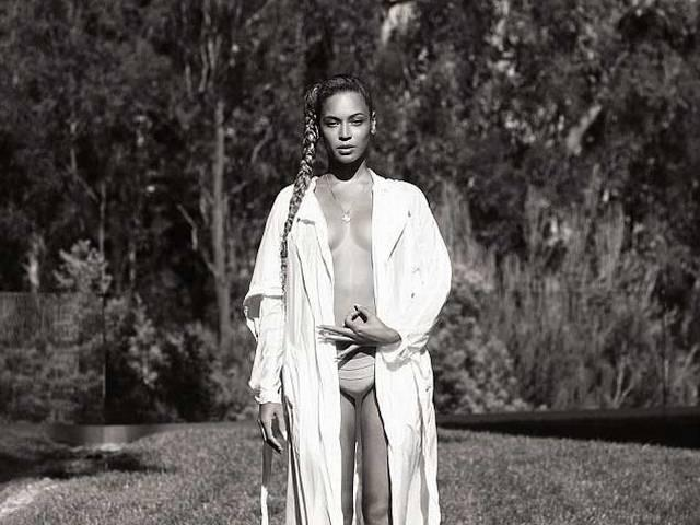 Beyonce Knowles goes topless for magazine cover