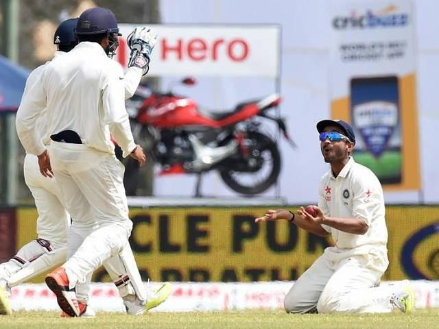 I like to bat out of my comfort zone: Rahane