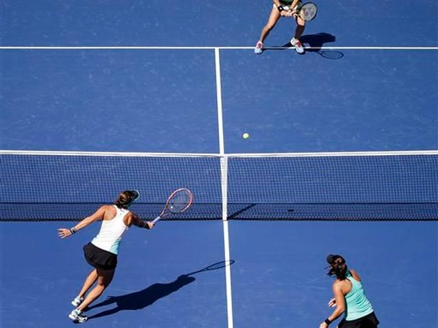 Sania Mirza and Martina Hingis win US Open, steamroll rivals in final