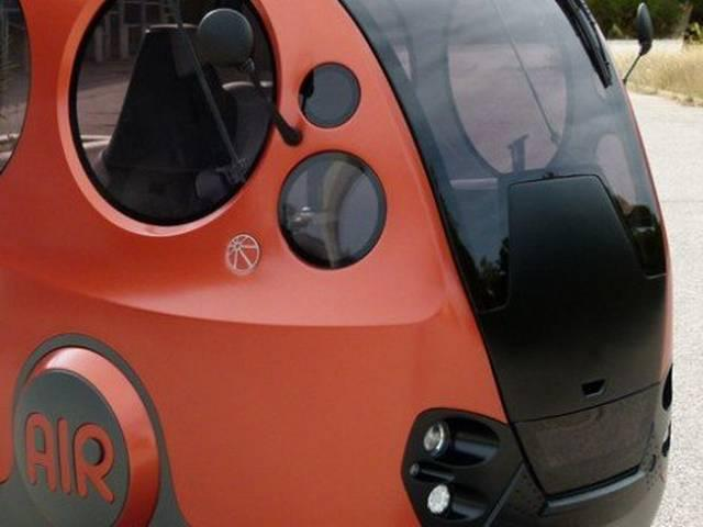 India's First Air Powered Car Can Travel 128 Km In Less Than One Dollar