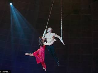 female trapeze artist crashes 30ft to the ground