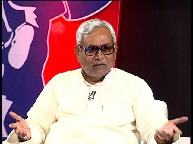Nitish secretly distributed tickets