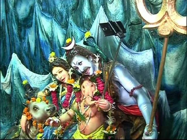 Ganpati : Bappa with selfie