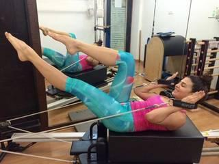 Varun Dhawan, Jacqueline Fernandez and arjun kapoor pilates training