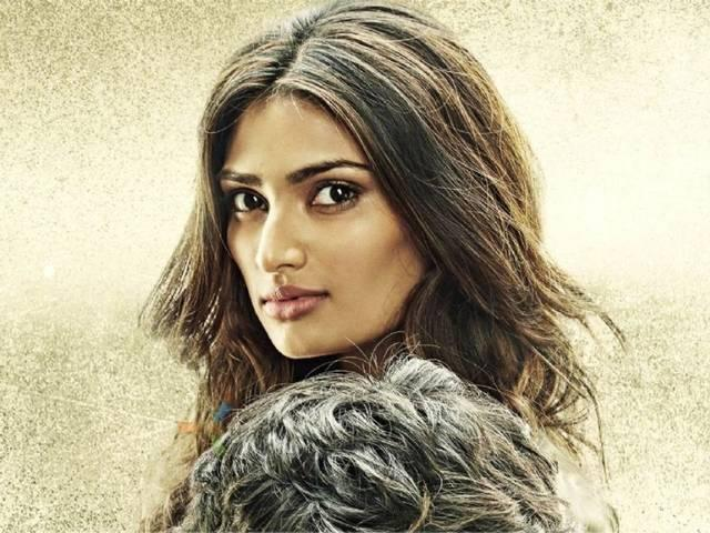 Athiya Shetty REACTS on being a part of Ram Lakhan remakea