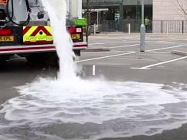 Concrete Soaks up 880 Gallons of Water Per Minute