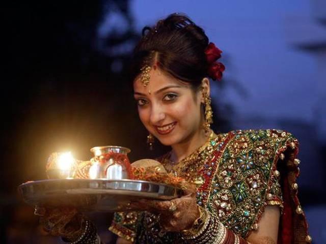 Karva Chauth Special Indian Bridal Makeup
