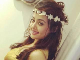 I am not fit for big boss says surveen chawla