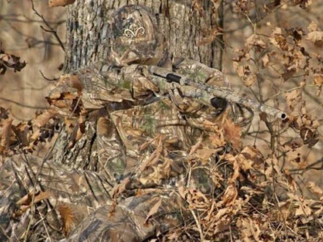 camouflaged chinese soldiers
