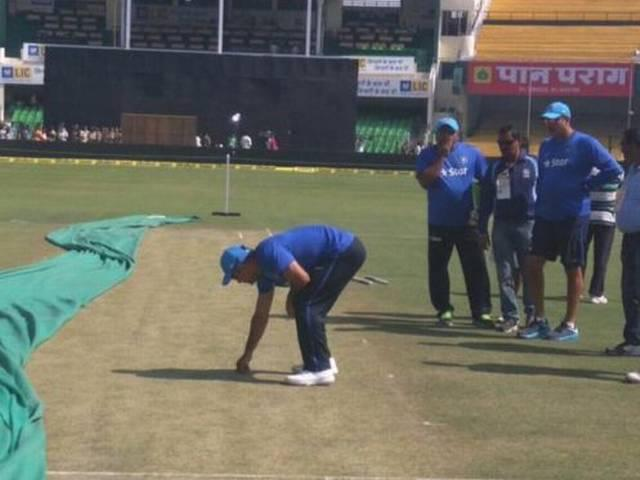 Indian captain ms dhoni speaks ahead of the Kanpur ODI
