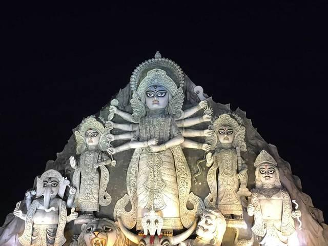 Amitabh Bachchan posted world largest Maa Durga picture