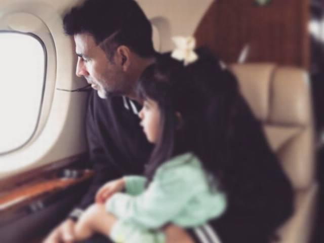 Akshay Kumar enjoying holiday with her daughter