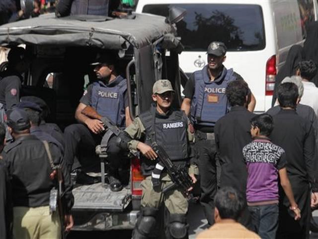 Pakistan: 22 dead in sucide bomb blast