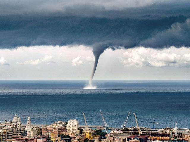 Giant Waterspout Twister Seen on Italian Coast