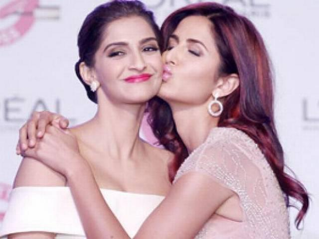 sonam kapoor offers a film to this actress friend