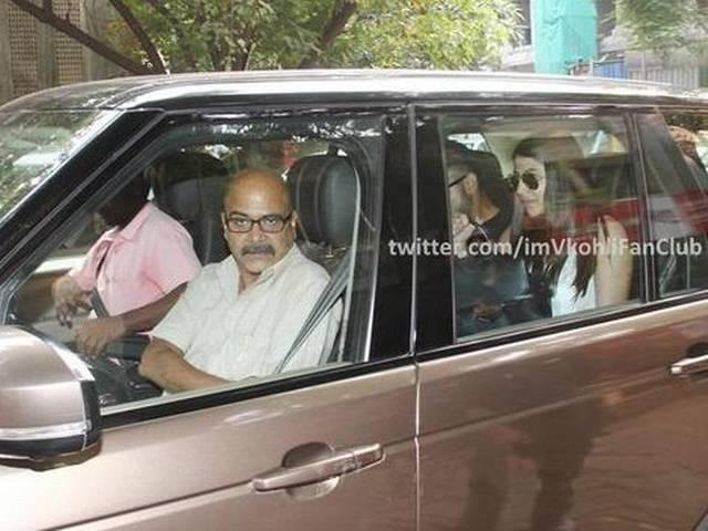 Virat Kohli's lunch date with Anushka Sharma, and her father's there too
