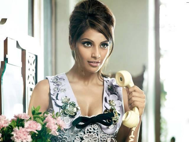 Bipasha Basu_bollywood_actress