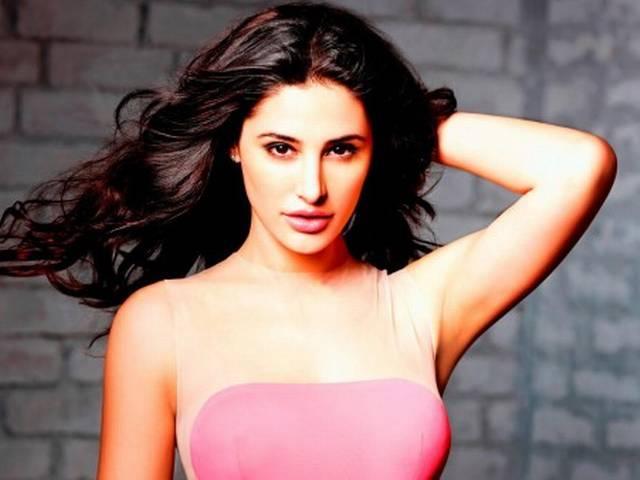 akshay kumar and nargis fakri will be seen in film 'dhishoom'